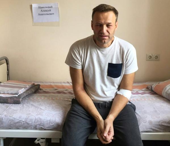 """A Moscou, communistes et libéraux manifestent pour des """"élections honnêtes"""""""