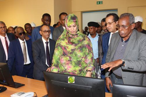 La ministre de l'hydraulique et de l'assainissement visite le complexe AftoutSahli
