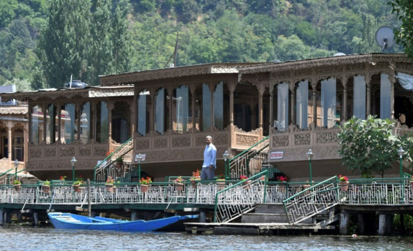 Cachemire: le bouclage indien heurte le tourisme local de plein fouet