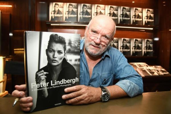 Peter Lindbergh, le photographe qui mettait les femmes en lumière