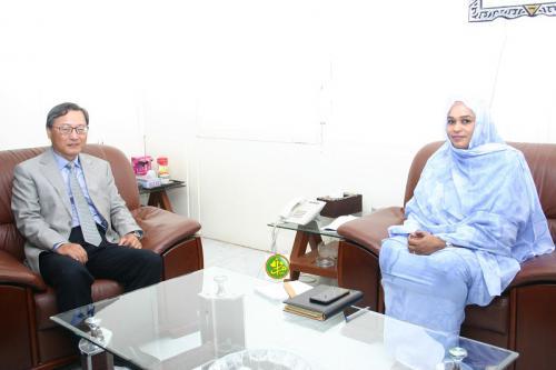 La ministre de l'Habitat s'entretient avec l'ambassadeur de Chine
