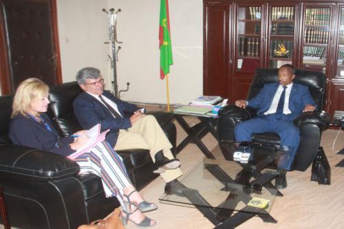 Le ministre de la Justice s'entretient avec l'ambassadeur, chef de la délégation de l'UE