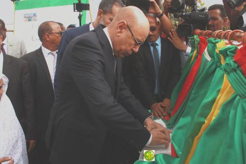Le Président de la République pose la 1ère pierre de plusieurs installations à Nouakchott