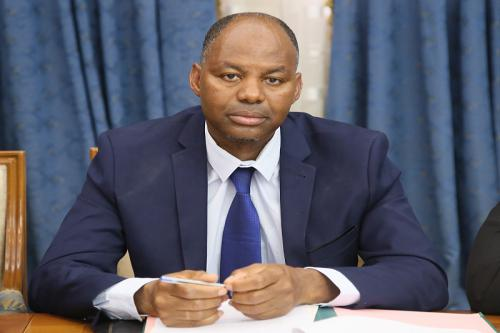 Le ministre de l'Emploi préside une réunion à M'bout des représentants des associations des jeunes de la moughataa