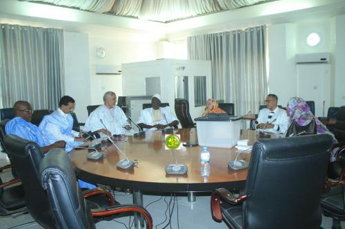 La commission des affaires économiques de l'Assemblée nationale élit son bureau