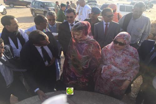 La ministre de l'Hydraulique visite à Nouadhibou des infrastructures relevant de son département