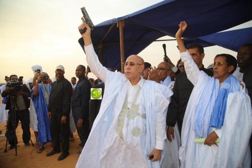 Le Président de la République donne le coup d'envoi de la coupe de Son Excellence de tir à la cible