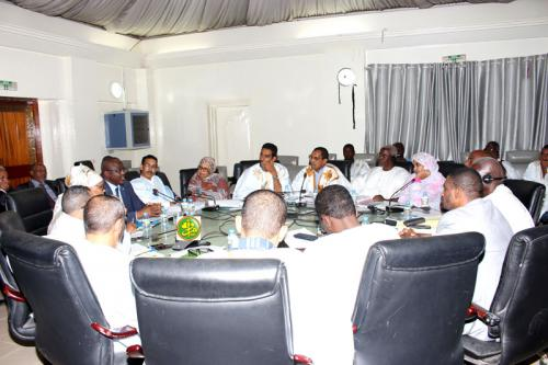 La commission financière de l'Assemblée nationale examine le budget de l'enseignement supérieur