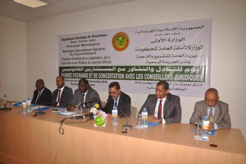 Organisation d'une journée de concertation avec les conseillers juridiques au sein des départements ministériels