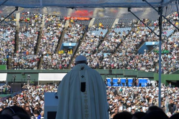 A Nagasaki, le pape François démonte le principe de dissuasion nucléaire