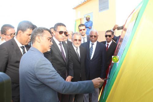 Le ministre du Pétrole préside l'inauguration de l'extension du réseau électrique de la ville d'Akjoujt
