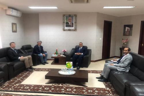 Le ministre des Affaires étrangères reçoit l'Ambassadeur représentant de l'UE en Mauritanie