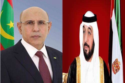 Le Président de la République félicite le Président de l'État des Émirats
