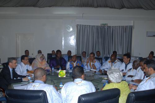 La commission des Finances discute les budgets de la présidence de la République et du ministère secrétariat général de la présidence de la République