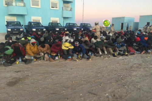 Les garde- côtes mauritaniennes arrêtent 192 migrants clandestins dont des femmes et des enfants (DEVELOPPEMENT)