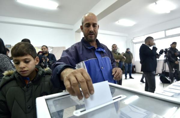 Présidentielle sous tension en Algérie, troubles en Kabylie
