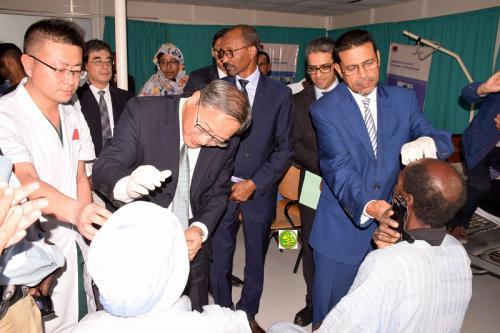 Le ministre de la santé s'enquiert de l'action de la mission médicale chinoise d'ophtalmologie