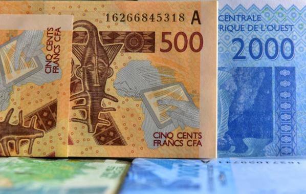 Fin du franc CFA: une avancée mais beaucoup de questions en Afrique de l'Ouest