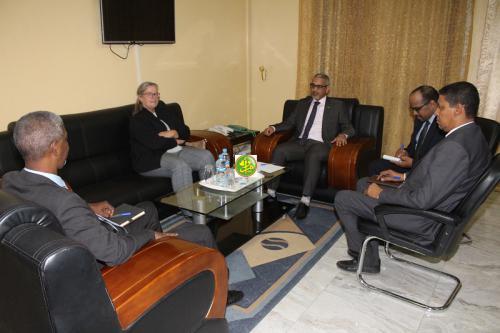 Le Commissaire aux droits de l'homme s'entretient avec la chargée d'affaires de l'ambassade d'Allemagne