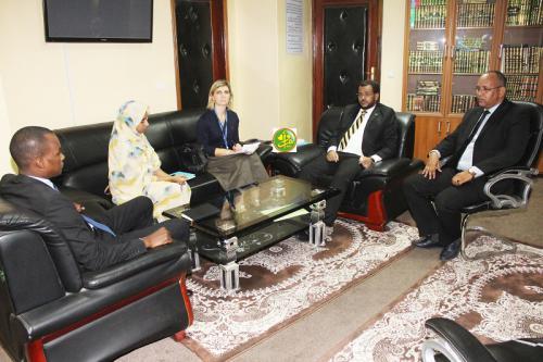 Le ministre des affaires islamiques s'entretient avec la présidente de la mission de l'organisation internationale pour la migration