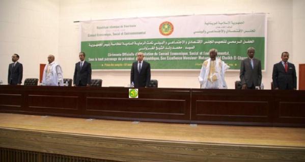 Le Président de la République installe dans leurs fonctions le président et les membres du Conseil Économique, Social et Environnemental