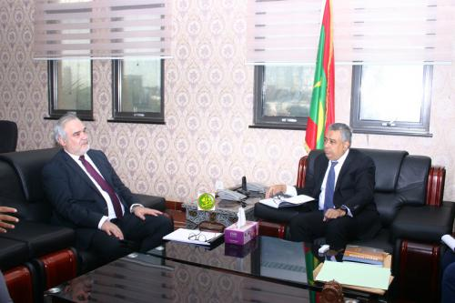 Le ministre de l'Économie s'entretient avec le représentant de la Banque Mondiale en Mauritanie