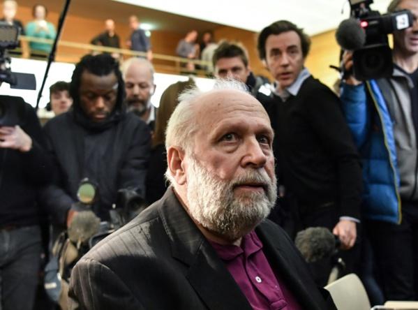 Pédocriminalité dans l'Eglise: ouverture du procès Preynat à Lyon