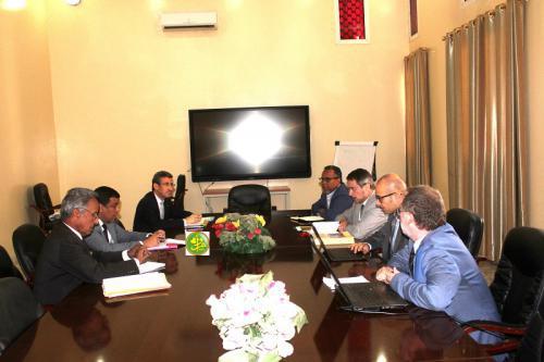 Le ministre des Finances reçoit une mission d'experts de la Banque Mondiale