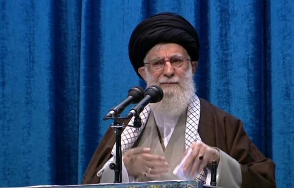 Iran: le guide suprême discrédite les manifestations antipouvoir