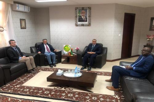Le ministre des affaires étrangères reçoit l'ambassadeur de l'Union Européenne