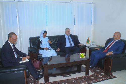 Le ministre de la pêche s'entretient avec le représentant de la Banque Mondiale en Mauritanie