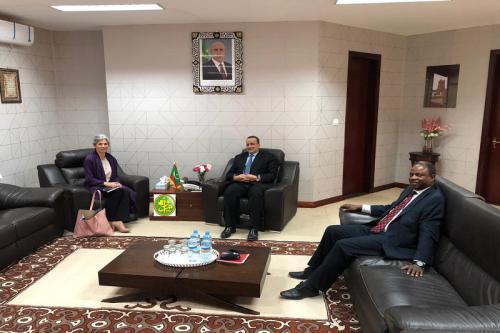Le ministre des Affaires étrangères s'entretient avec la représentante résidente du HCR en Mauritanie