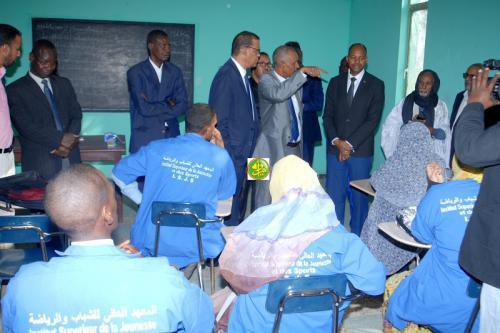 Le ministre de l'emploi s'engage à prendre toutes les mesures permettant à l'institut supérieur de la jeunesse et des sports de remplir sa mission