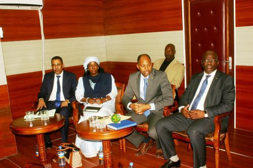 Des membres du gouvernement commentent le Conseil des ministres