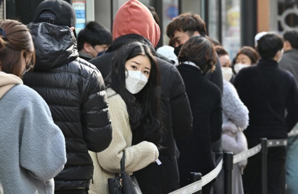 Coronavirus: l'épidémie se propage, mesures drastiques au Moyen-Orient et en Asie