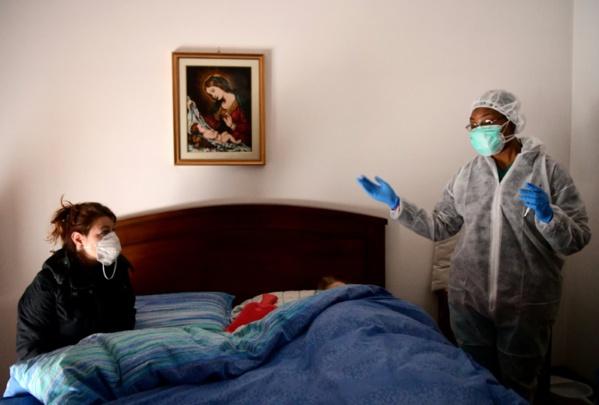 Depuis le premier malade détecté fin janvier sur le sol américain, à plus de 100.000 personnes infectées vendredi, les Etats-Unis ont gagné le triste titre de pays du monde comptant le plus de cas officiellement recensés de nouveau coronavirus.  Envi