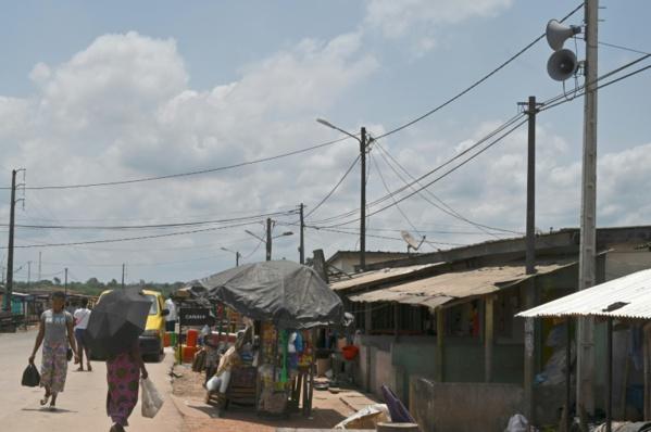 """En Côte d'Ivoire, des rois et des traditions comme """"remparts"""" contre le coronavirus"""