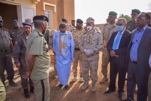 Le Chef d'État-major des armées supervise sur les frontières l'application des mesures préventives contre le COVID-19