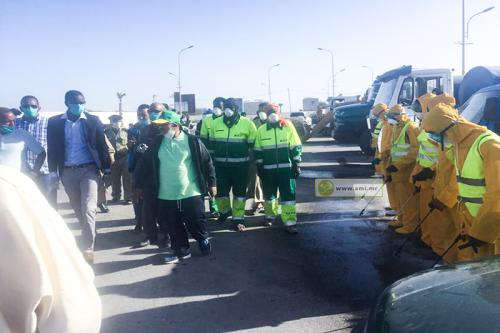 Nouadhibou: La Zone Franche lance une campagne de désinfection des rues et des marchés de la ville