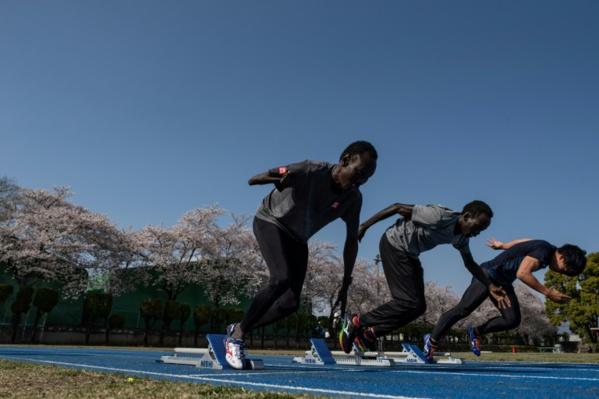 Coincés au Japon, des athlètes sud-soudanais prennent la vie du bon côté