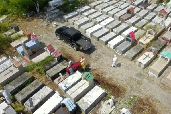 Equateur: le coronavirus sème le chaos à Guayaquil, la capitale économique