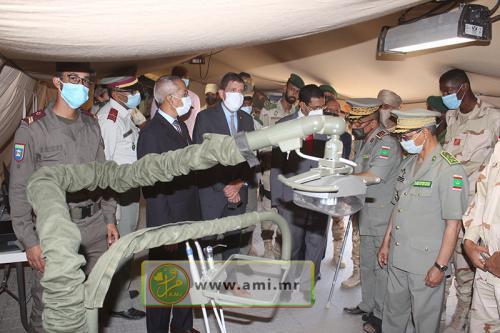 Les ministres de la Défense et de la Santé inspectent deux hôpitaux de campagne militaires