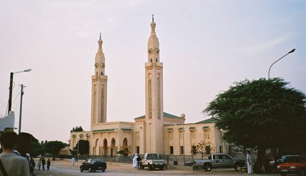 Les Mauritaniens se pressent à la mosquée après l'assouplissement des mesures