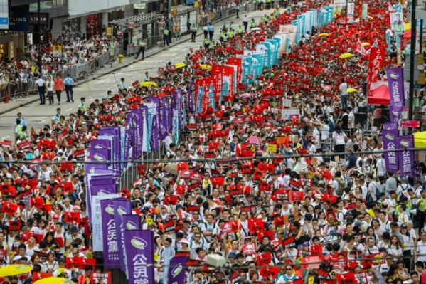 Hong Kong: un an après, les manifestants en position de faiblesse