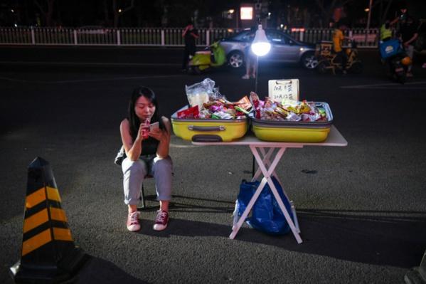Dans la Chine post-Covid, les étals tentent de reprendre la rue