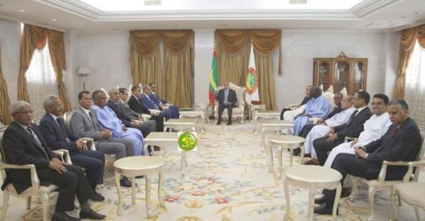 Le président Ghazouani reçoit un rapport sur l'impact du covid-19 sur le secteur privé