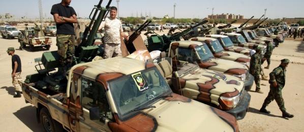 """L'Egypte prête à intervenir """"directement"""" en Libye si le GNA progresse"""
