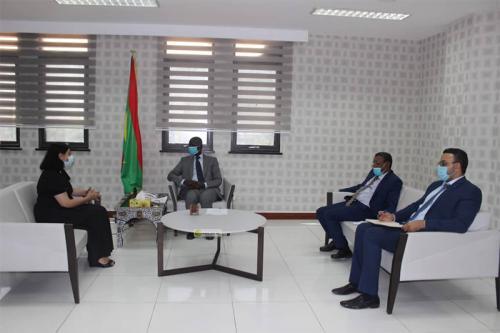 Le ministre des Affaires économiques s'entretient la représentante de la Banque Mondiale