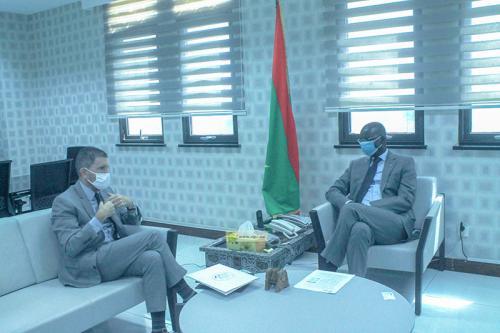 Le ministre des Affaire économiques s'entretient avec l'ambassadeur des États-Unis d'Amérique