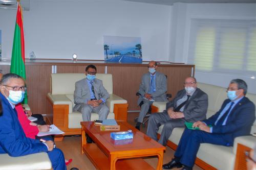 Le ministre du Pétrole s'entretient avec le DG de l'Agence algérienne de Coopération internationale
